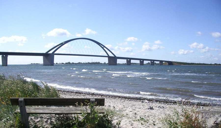 Urlaub auf Fehmarn - Fehmarn-Sund-Brücke über die Ostsee
